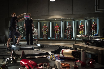 iron-man-3-set-01