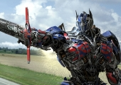Review: 'Transformers: Age Of Extinction' is a new evolution of the biggest, weirdest franchise around