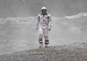 <em>Interstellar</em> returns to IMAX with extra behind-the-scenes footage