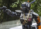 New Photos From 2015's Biggest Movies Including 'Chappie,' 'Jurassic World,' 'Insurgent' And More