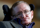 Stephen Hawking Wants to Play a James Bond Villain
