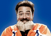 Kevin Smith has funding for next 3 films; Hit Somebody to film Fall 2015