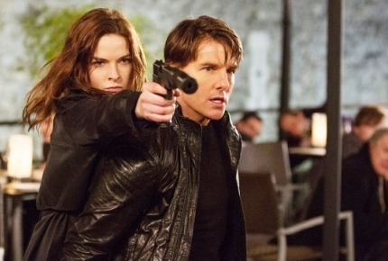 "Tom Cruise and Rebecca Ferguson in ""Mission: Impossible Rogue Nation"""